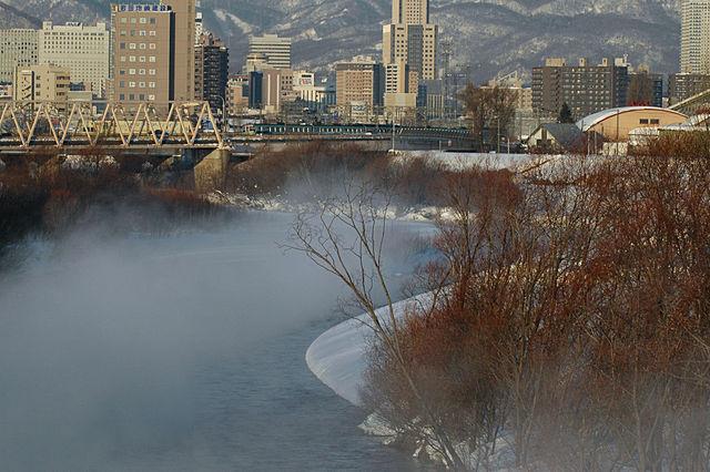 霧の豊平川