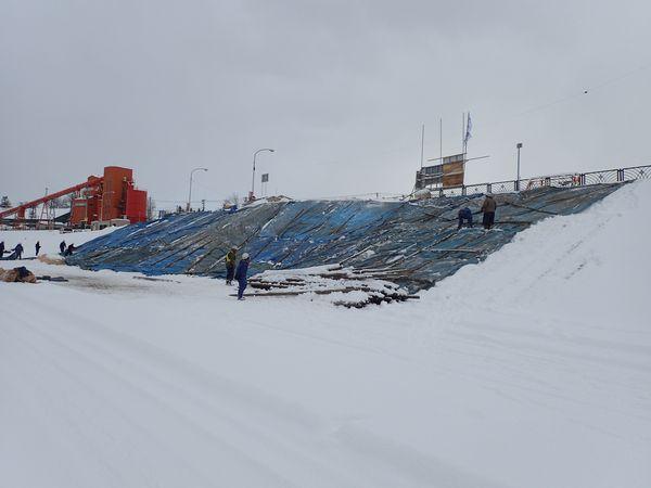 20171206雪堆積場準備